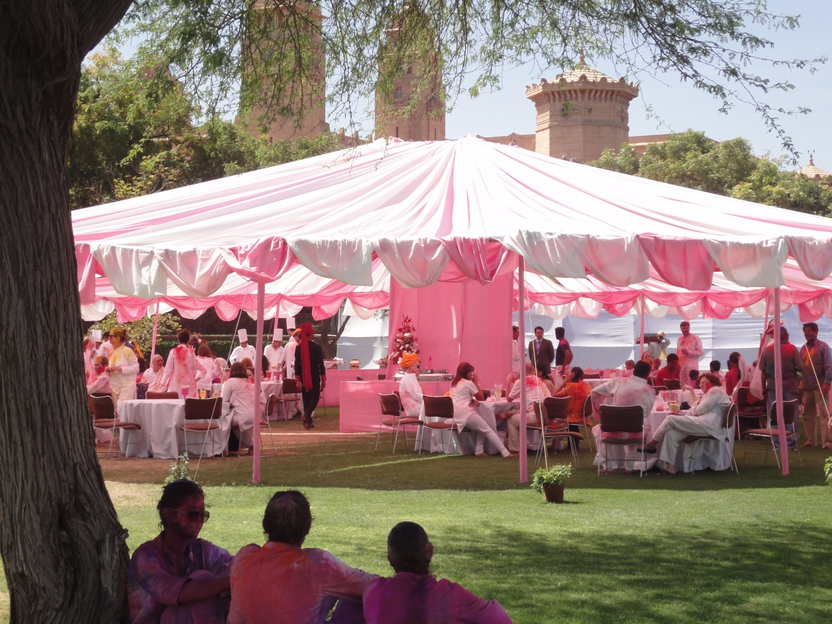 50 Shades in Jodhpur: A Royal Holi-day
