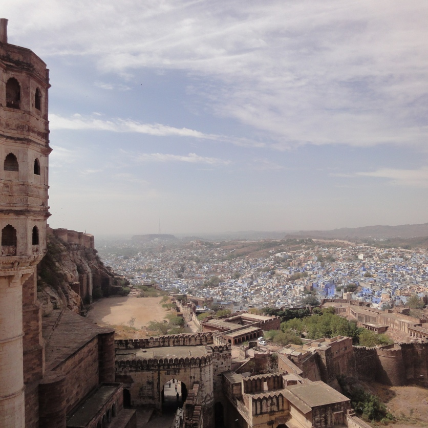 Majestic Maehrangarh fort overlooking the blue city